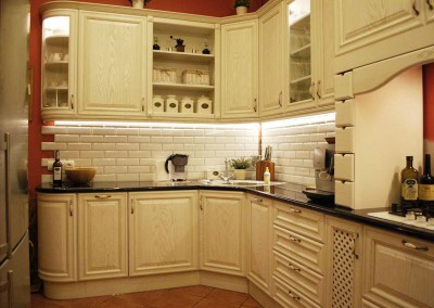 Meble kuchenne w stylu prowansalskim