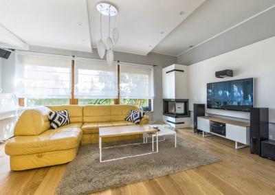 Zdjęcie salonu z meblami na wymiar Mobiliani.