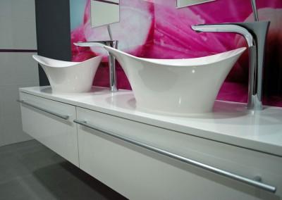 Meble łazienkowe w luksusowym stylu