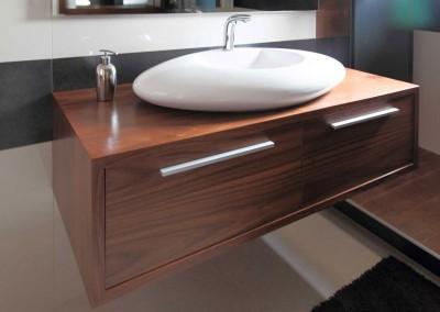 Meble łazienkowe w klasycznym stylu