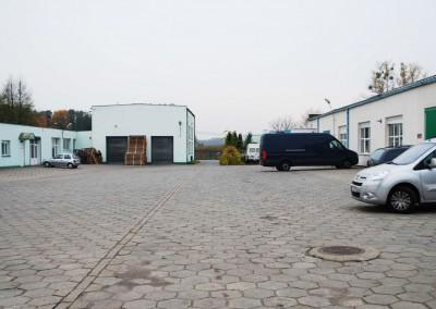 Widok na zakład produkcyjny Mobiliani