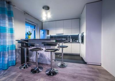 Zdjęcie z realizacji mebli dla designerskiej kuchni.