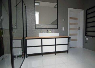 Loftowe meble łazienkowe